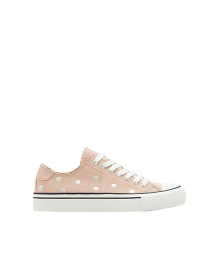 Sneakers with polka dot embroidery