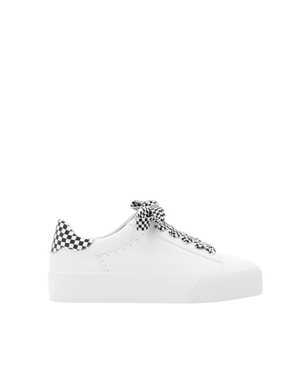 Sneakers with chequered detail