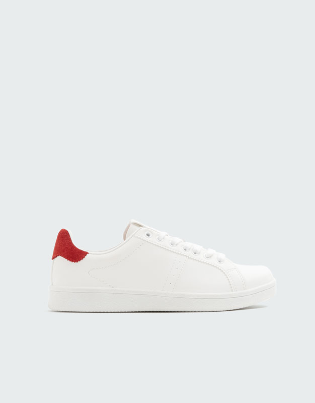 Urban Sneaker Met Rood Detail by Pull & Bear