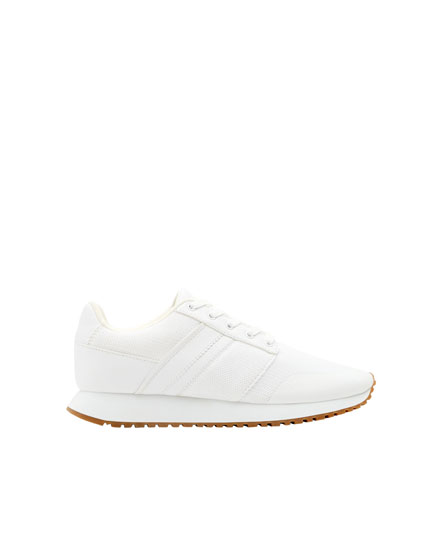 Hvide basic sneakers