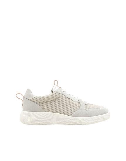 Sportiski apavi no tīkliņauduma pelēkā krāsā