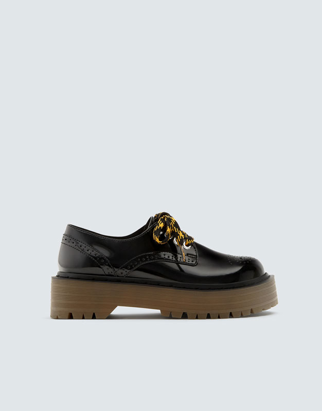 Blucher Bloque Picados by Pull & Bear