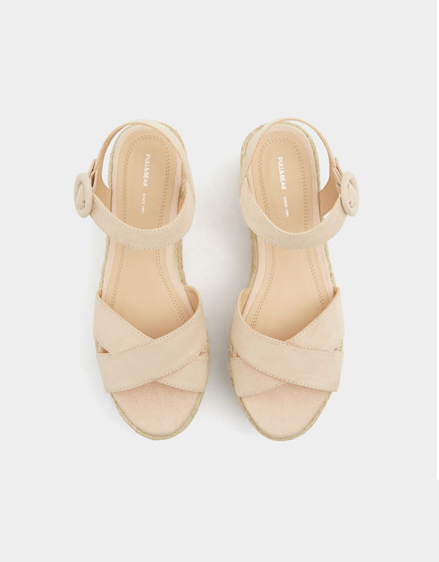 Pull & Bear - Chunky wedges with criss-cross straps - 4