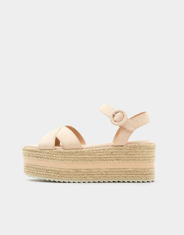 Pull & Bear - Chunky wedges with criss-cross straps - 6