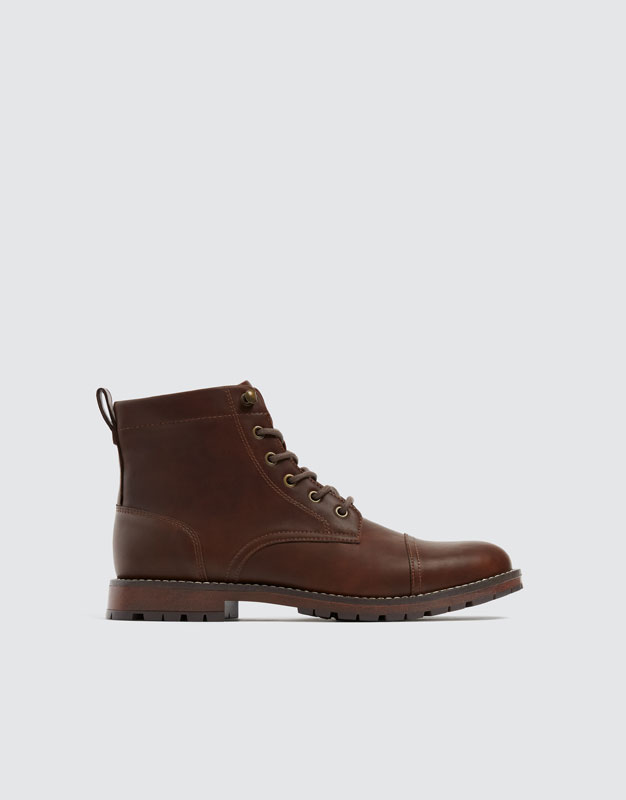 Brown Worker Boots by Pull & Bear