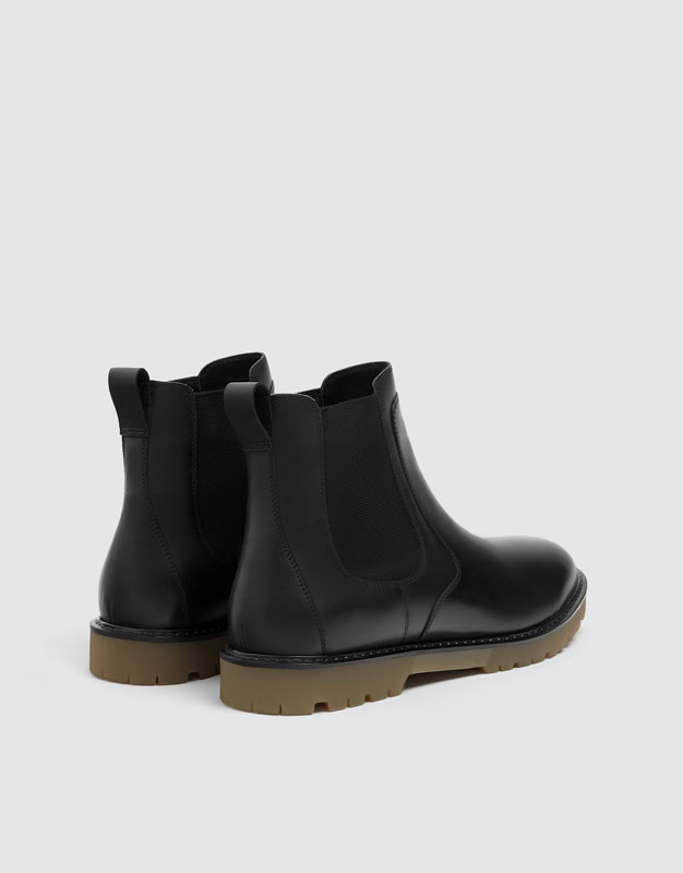 2c19bde03 Black leather and elastic boots - PULL&BEAR