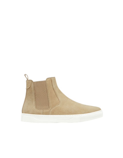 Beige leather sporty ankle boots
