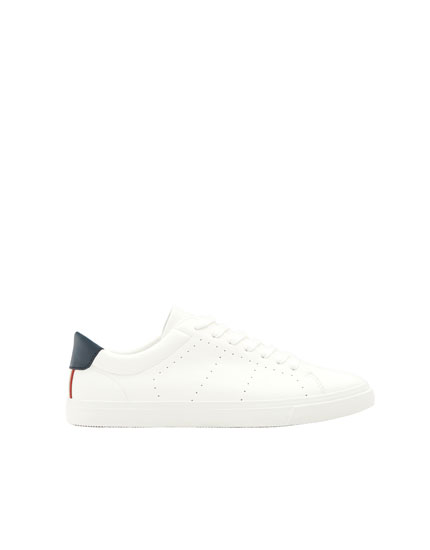 Tennis basic blanches