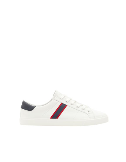 Canvas sneakers with stripe detail