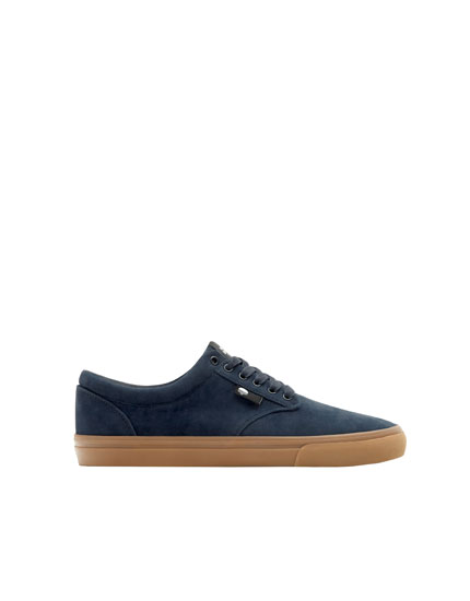 Basic blue teen trainers