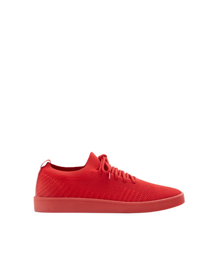 Red knit fabric trainers