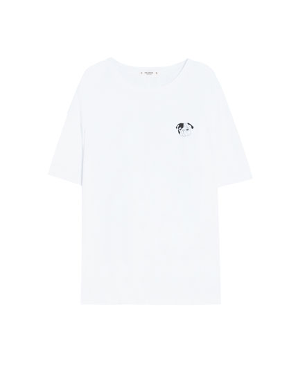 T-shirt with dog design