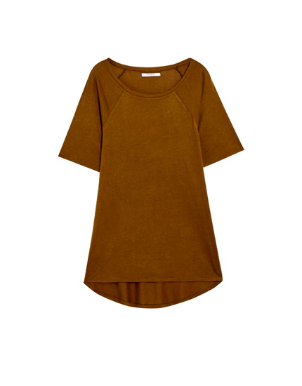 Basic T-shirt with raglan sleeves