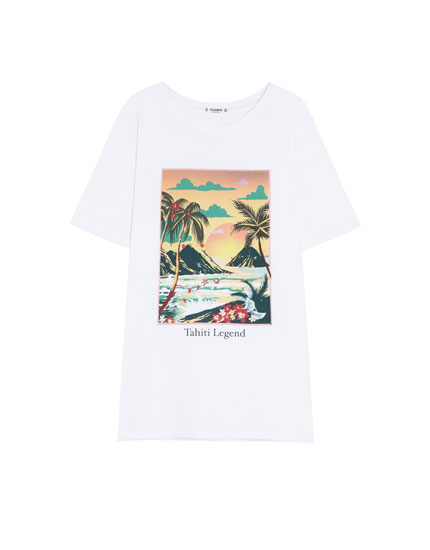 Camiseta básica con estampado tropical