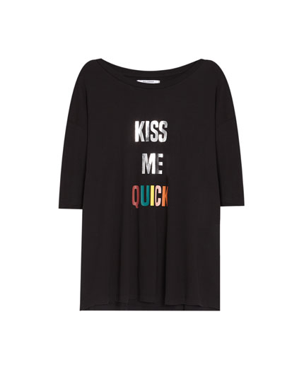 Oversized 'Kiss Me' T-shirt