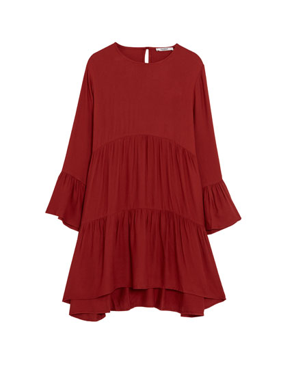 Frilled dress with 3/4 length sleeves