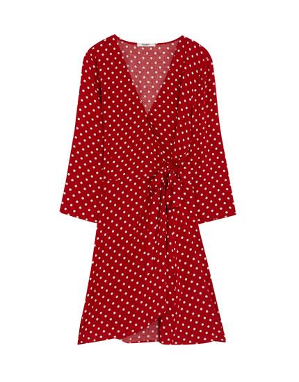 Puantiye desenli kruvaze elbise