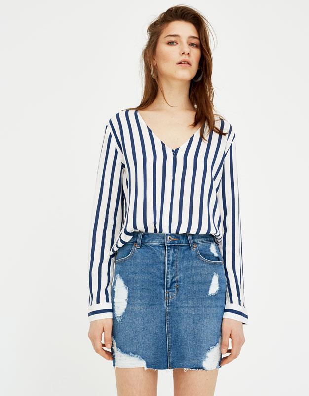 Stretch denim skirt