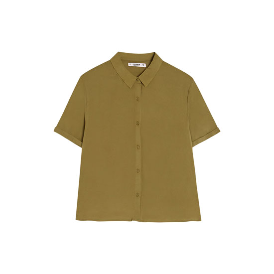 Basic T-Shirt.