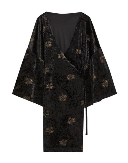 Βελούδινο φόρεμα κιμονό