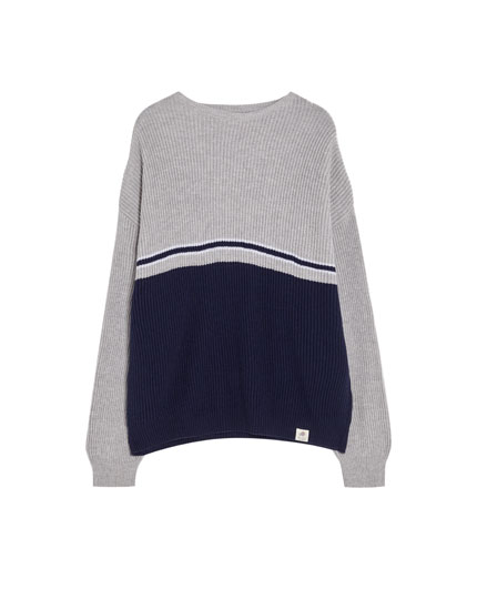 Two-tone colour block sweater