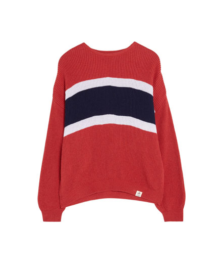 Sweater paneler på brystet