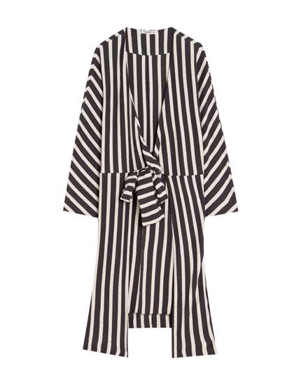 Gestreifter Kimono aus Biobaumwolle mit Schleife