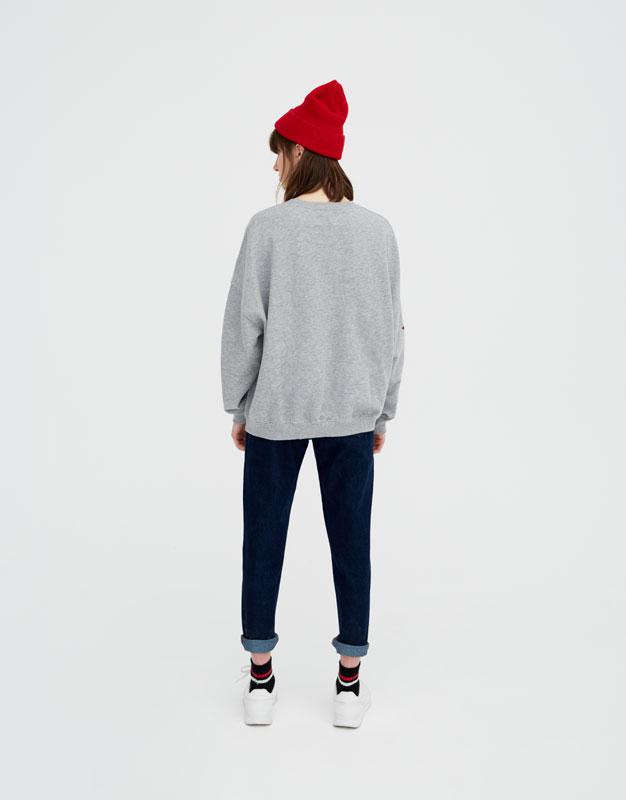 Sweatshirt with star print sleeves