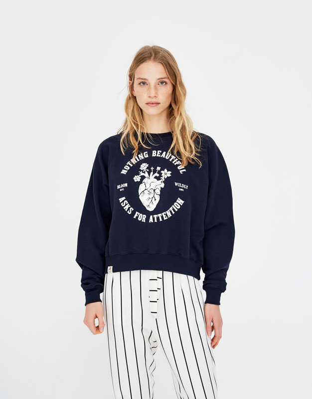 Sweatshirt with a heart print