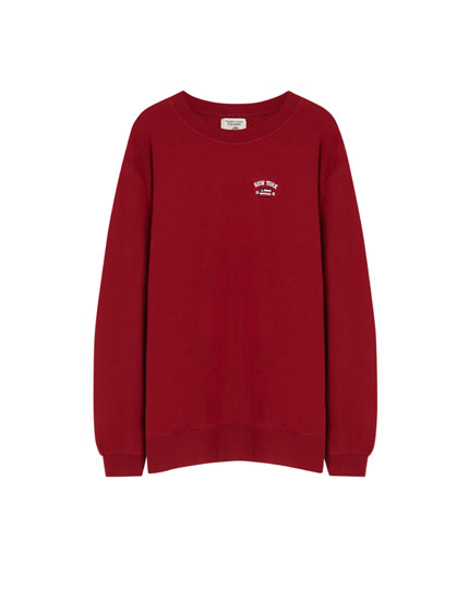 Sweatshirt com bordado