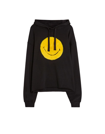 Sweatshirt med smiley og pels