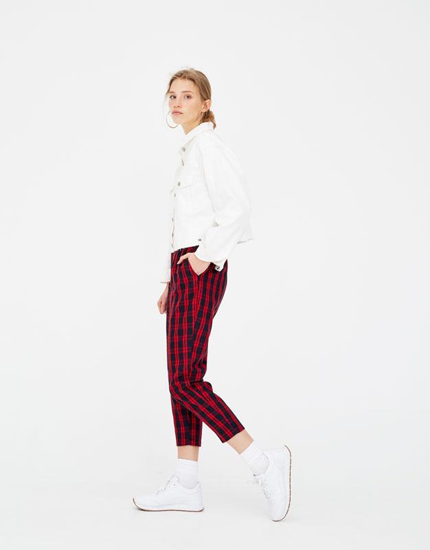 Pantalon jogger carreaux rouges