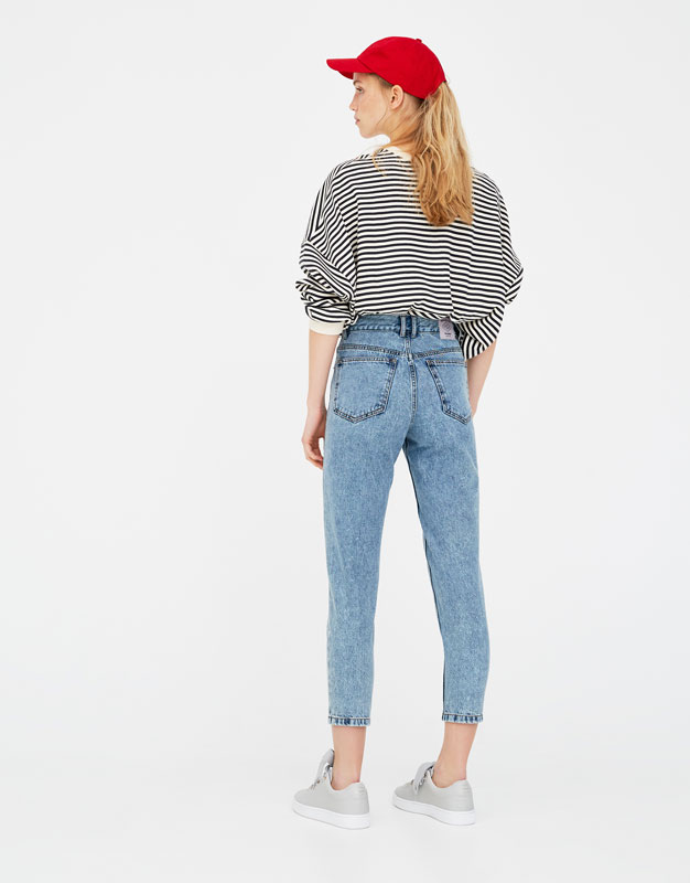 Basic Mom-Fit-Jeans