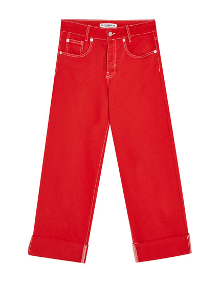 Pantalon rouge coutures