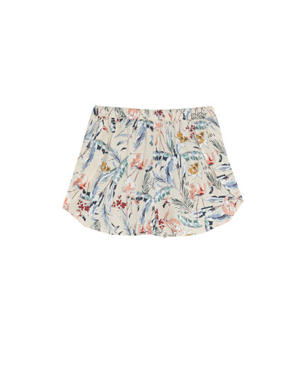 Shorts estampado flamencos