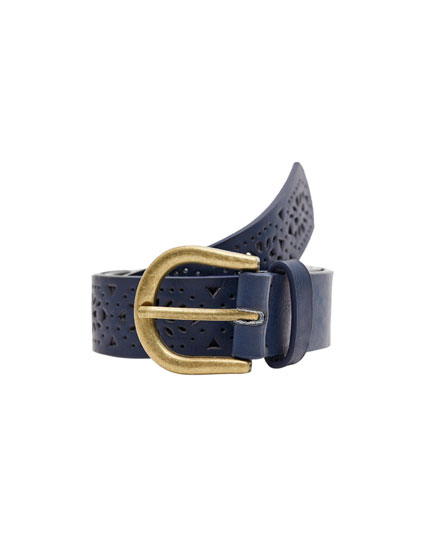 Die-cut belt with gold buckle