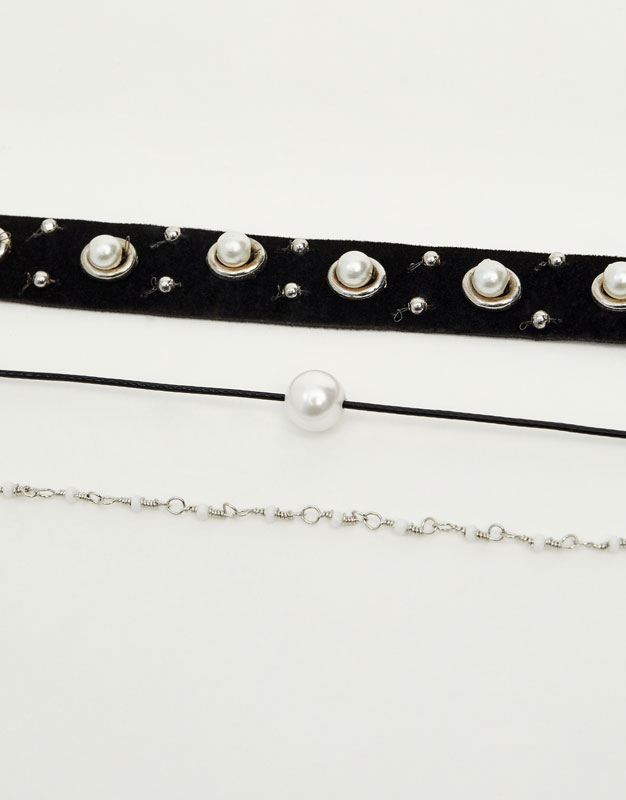 Pack of choker necklaces with pearl beads