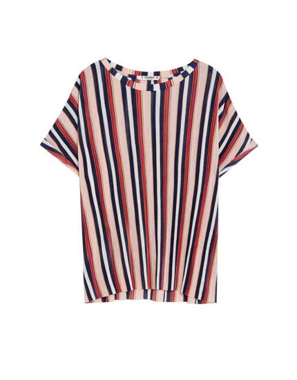 T-shirt à manches courtes plissé rayé