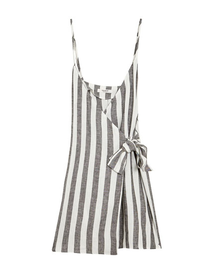 Striped dress with bow