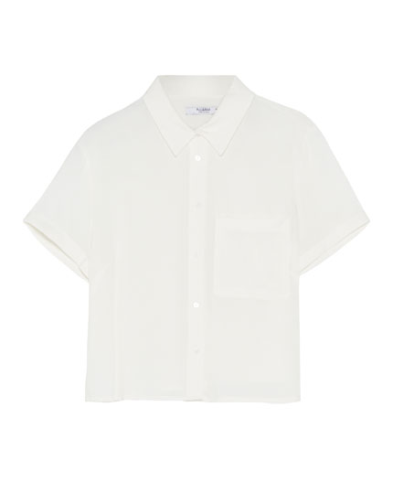 Short sleeve shirt with pocket
