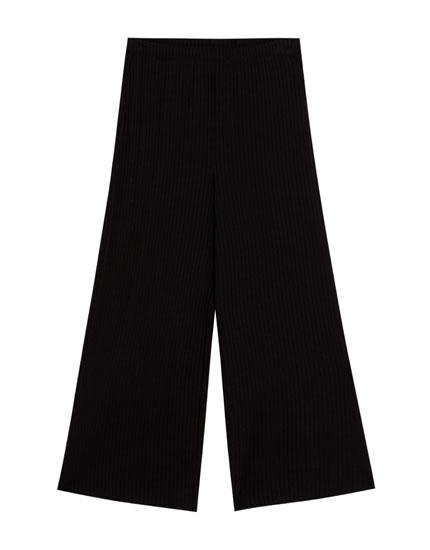 Pantalón culotte de canalé