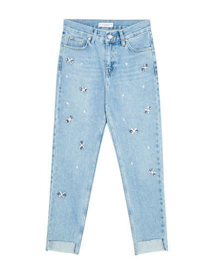 Mom jeans with embellished details