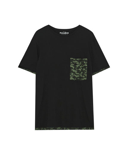 T-shirt with camouflage pocket and details