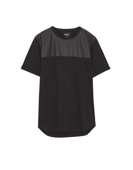 Tricou cu imitație de piele
