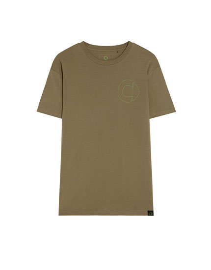 Men's smart ecologically grown cotton T-shirt with label
