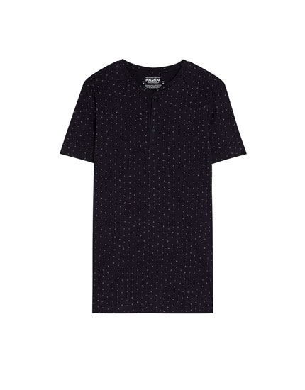 Short sleeve T-shirt with an all-over print