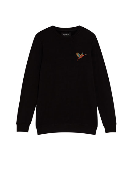 Sweatshirt with Japanese embroidery on the back