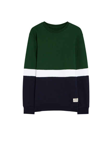 Sweatshirt with contrasting panels