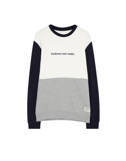 Sweatshirt met panels en tekst