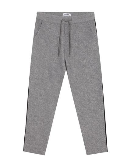 Tailoring-Jogginghose mit seitlichem Streifen